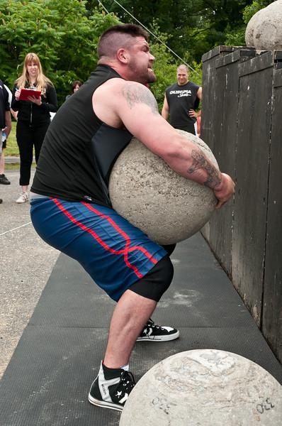 Fitness Revolution Strongman Challenge 2011_ERF4451.jpg