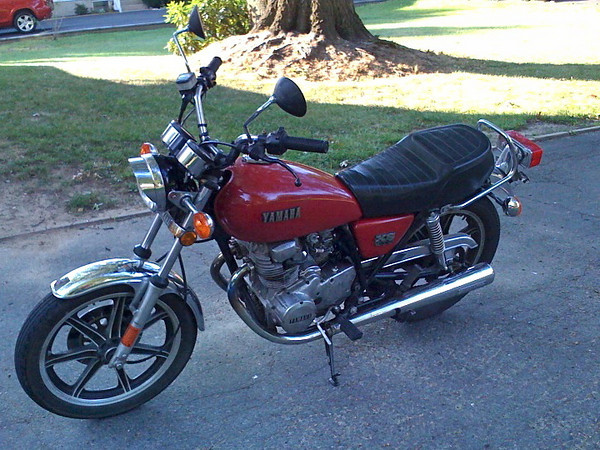 1978 Yamaha XS 400.  My first motorcycle.