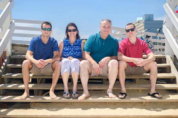 Neal's Family Portraits at the Pier