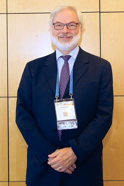 Int_Soc_Indocrinology_Committee_portraits-0988.jpg