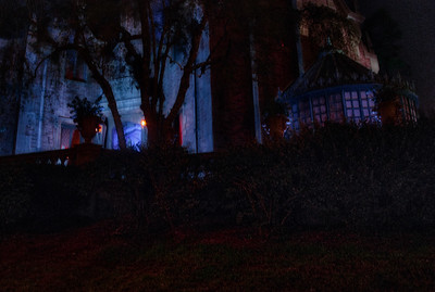 WDW Haunted Mansion Queue HDR's