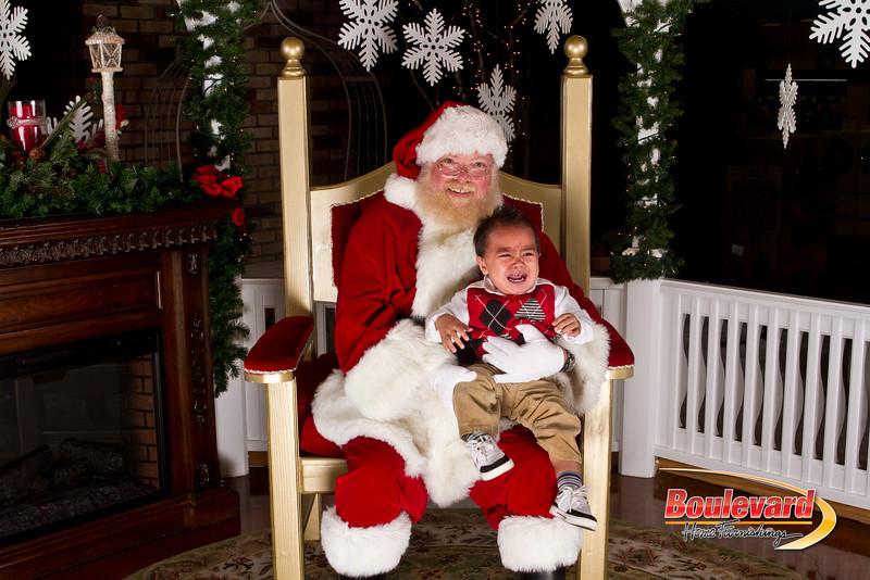 Santa Dec 15-228.jpg