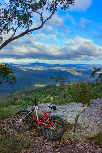 Wombat Hill/Cannonball Run First Lookout