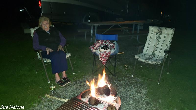 12-18-2020 Campfire and Christmas Dinner-4.jpg