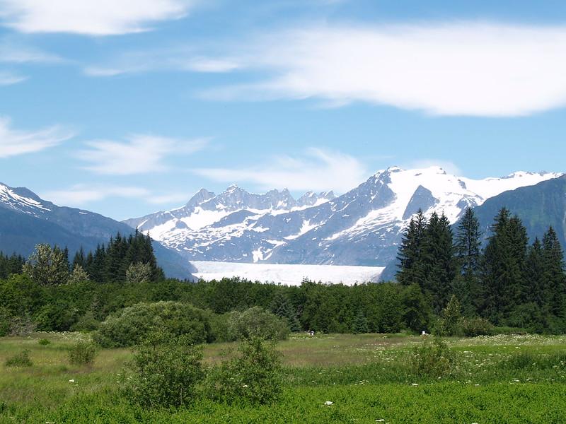 Mendehall Glacier (July 2006).