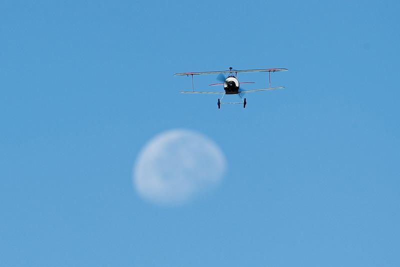 Electrifly_Nieuport17_Moon_40.jpg