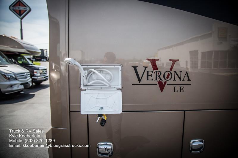 R0034 2020 Renegade Verona LE 40LRB-27.jpg