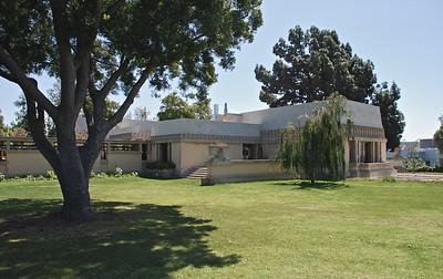 LA - Los Feliz - Barnsdall Park 2010 & 2015