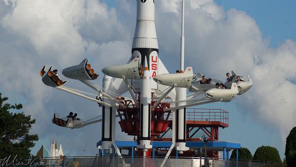 Disneyland Resort, Tokyo Disneyland, Tomorrowland, Rocket Jets, Star Jets, Rocket
