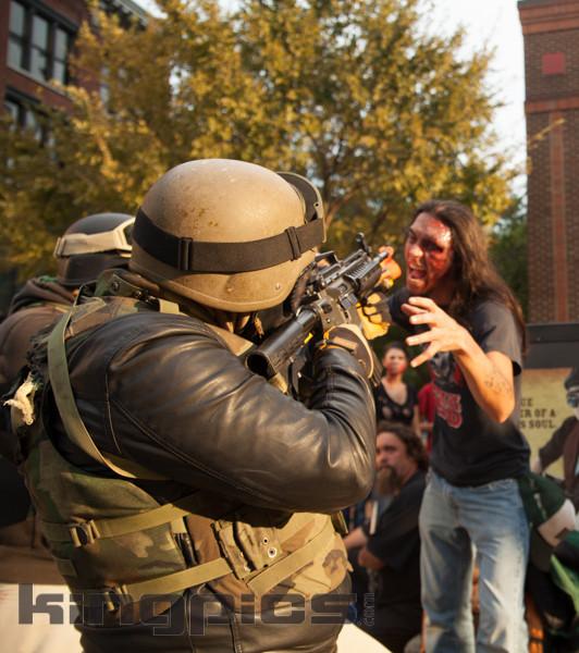 ZombieWalk2012131012134.jpg