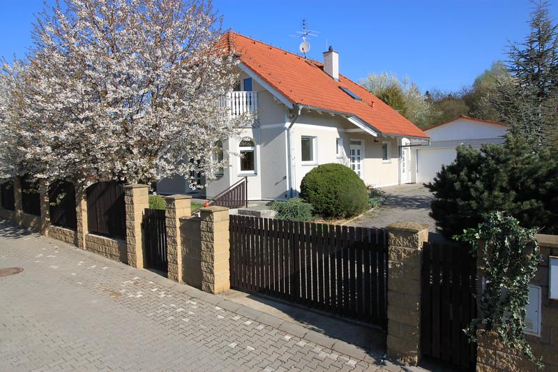 IdyllicPrague-Cherry-Tree-Cottage