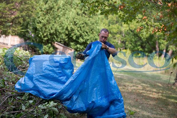 Arboretum Cleanup - Faculty/Staff