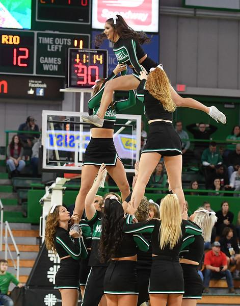 cheerleaders4189.jpg