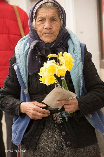 old lady2.jpg