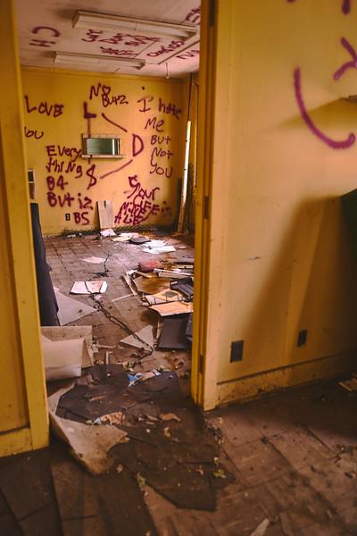 Abandoned-Spaces-5O0A4047.jpg