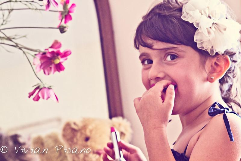 tessa lipstick (1 of 1).jpg