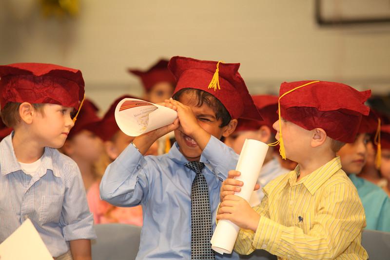 2012May18_MTA Kinder Grad_9728.JPG
