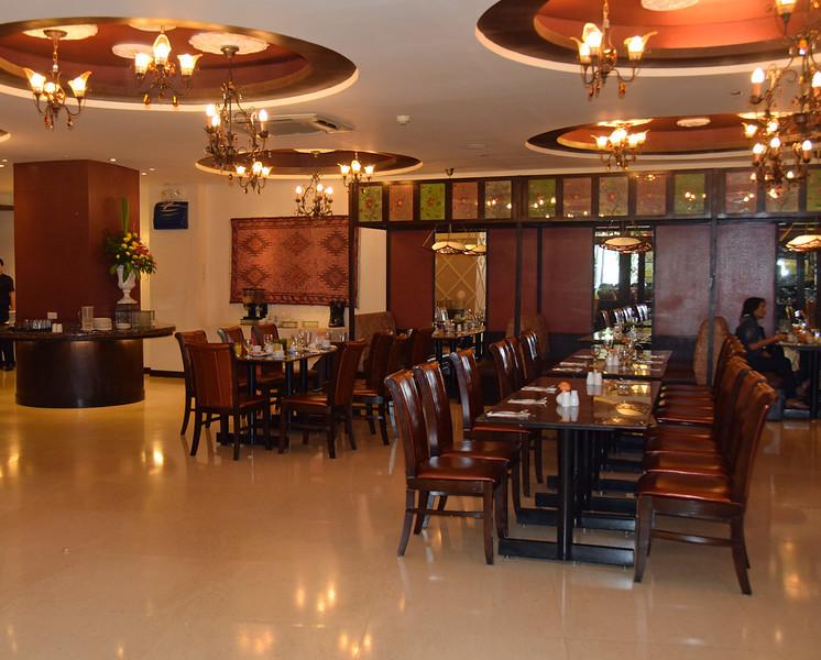 Elizabeth Hotel Cebu Restaurant.jpg