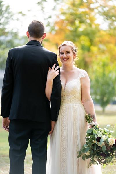rustic_ohio__fall_barn_wedding-131.jpg