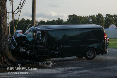08-22-2014, MVC with Entrapment, Franklin Twp. Gloucester County, Fries Mill Rd. and Grant Ave.