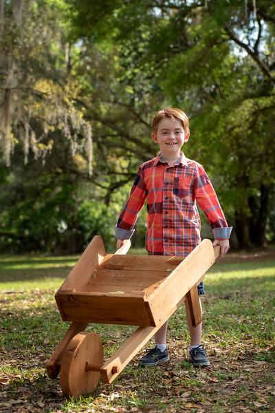 Hosaflook standing wheelbarrow.jpg