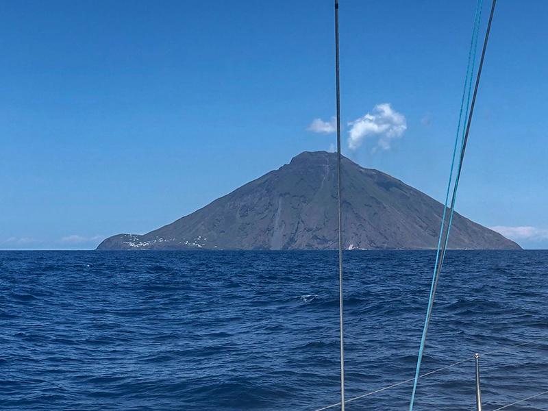 Sicily.Stromboli.002.jpg