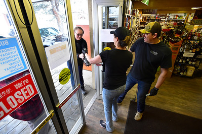 Photos: Boulder Liquor Store Adapts to COVID-19 Pandemic with Curbside Pickup