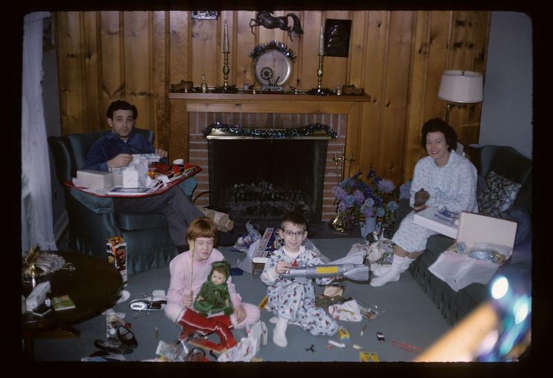 1966 Family_215.jpg
