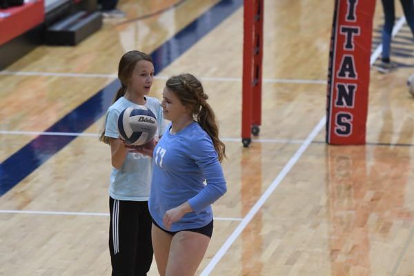 Varsity Volleyball vs Lincoln Lutheran