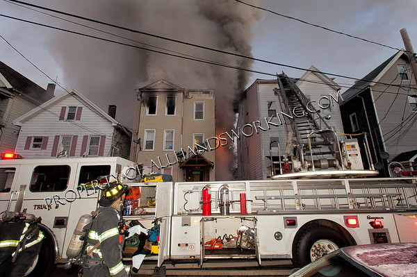 New Haven 2nd alarm 155 Clay St.