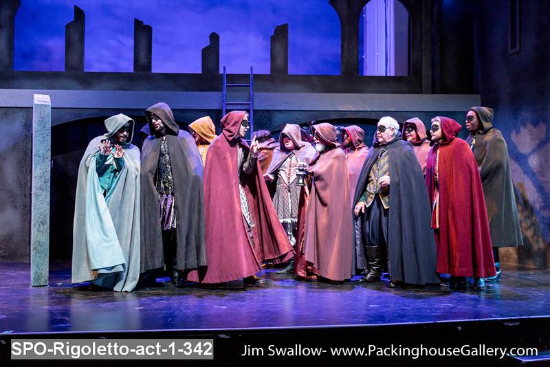 SPO-Rigoletto-act-1-342.jpg