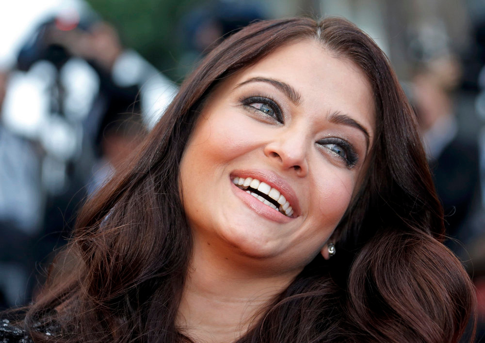 ". Indian actress Aishwarya Rai poses on the red carpet as she arrives for the screening of the film ""Inside Llewyn Davis\"" in competition during the 66th Cannes Film Festival in Cannes May 19, 2013.  REUTERS/Jean-Paul Pelissier"
