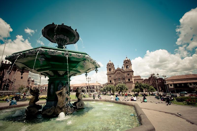 cusco-plaza-armas-desat_5600189895_o.jpg