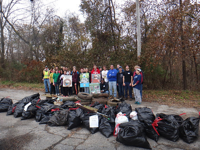 11.16.13 Patapsco River Watershed Cleanup Off Hammonds Ferry Road Park N Ride