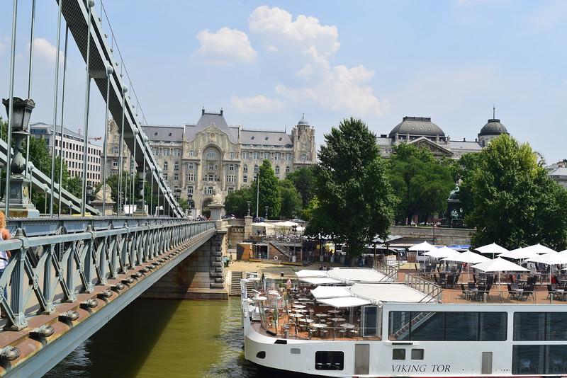 Vista de un crucero por el Danubio