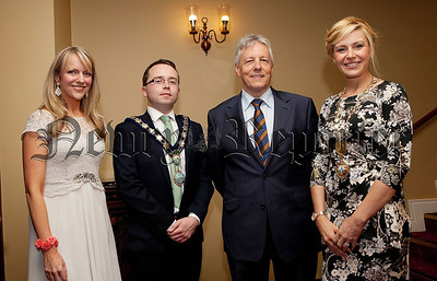 First Minister Peter Robinson is pictured with Orla Jackson (Chamber of Commerce CEO), Mayor Daire Hughes and Deborah Loughran (President Newry Chamber of Commerce). R1427120