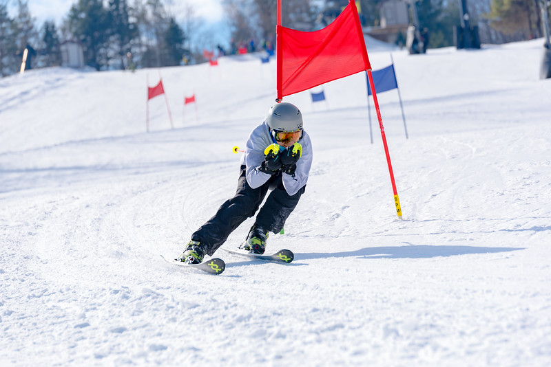 Standard-Race_2-3-18_Snow-Trails-73013.jpg