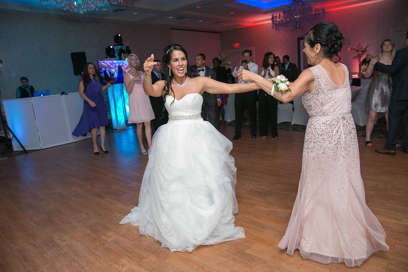 25_speeches_ReadyToGoPRODUCTIONS.com_New York_New Jersey_Wedding_Photographer_J+P (1124).jpg