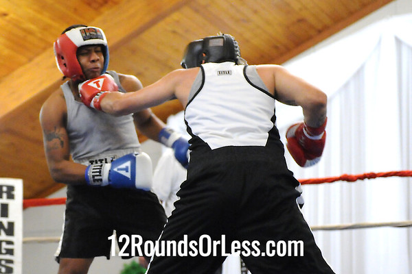 Bout 4 David Evans, Cleveland -vs- Ken Sigurani, Youngstown, 165 lbs