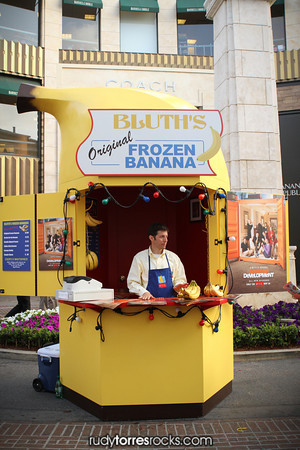 Arrested Development's Bluth Banana Stand Hits Los Angeles 5.21.2013