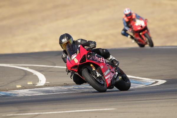 8 Ducati AGV