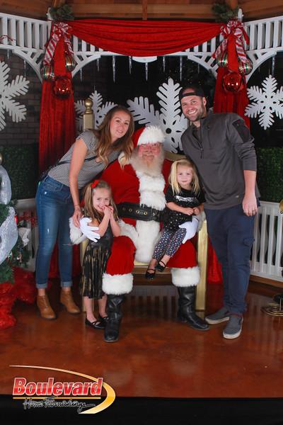 Santa 12-17-16-340.jpg