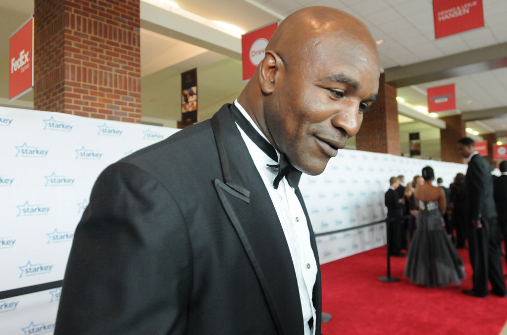 . Former boxer Evander Holyfield pauses to greet reporters. (Pioneer Press: Ginger Pinson)