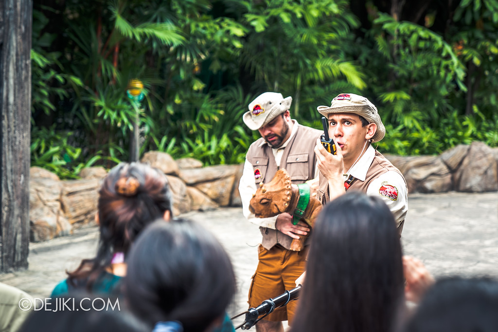 Universal Studios Singapore Park Update - Jurassic World Explore and Roar at Jurassic Park Rope Drop show