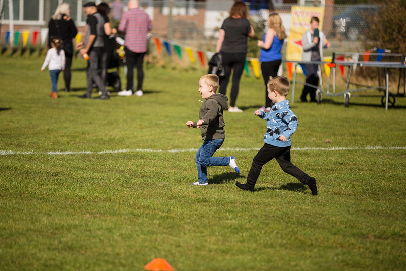 bensavellphotography_lloyds_clinical_homecare_family_fun_day_event_photography (190 of 405).jpg
