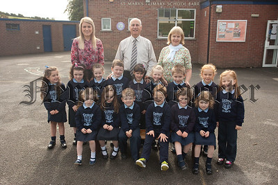 New Primary 1 Pupils at St Mary's PS Barr pictured with Miss King, Mrs McConville and Master MacLennan. R1539003