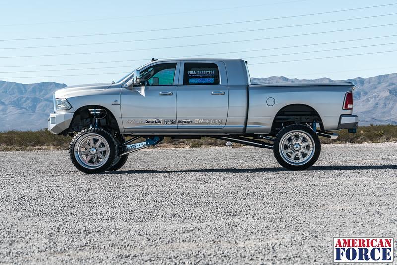 Ridin'-High-Silver-Dodge-Ram-161105-DSC02863-68.jpg