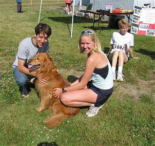 2002 Sidney Days 5K - Liz Ramage, Craig Babiuk and their little buddy - part II