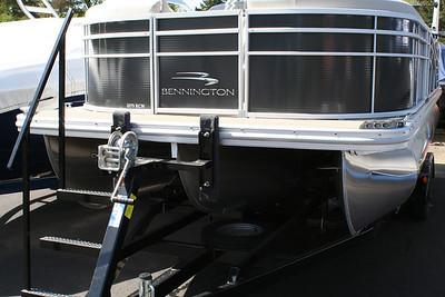 #B169 2014 Bennington 2275 RCW