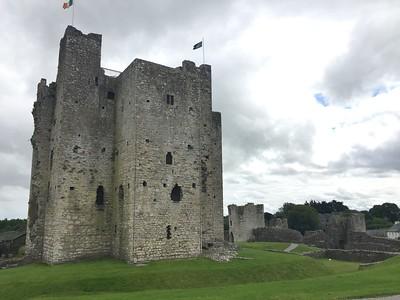 100 - Trim Castle